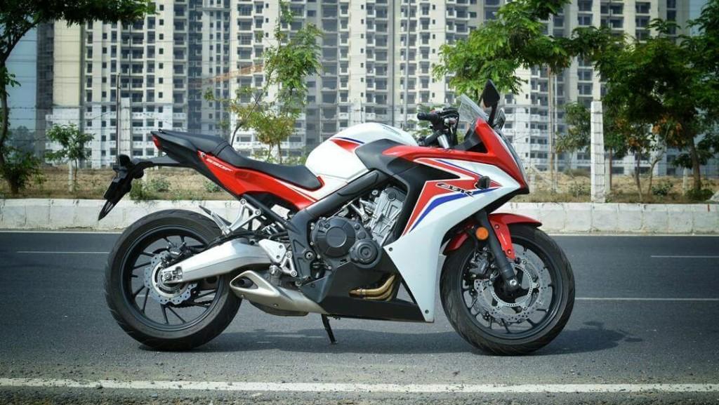 Honda CBR650F side